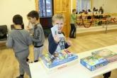 В Лингвистической школе прошла Рождественская ярмарка по итогам экономической игры